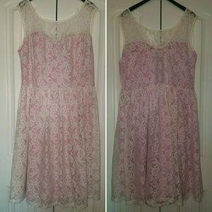 Modcloth Fervour lace overlay dress 4XL